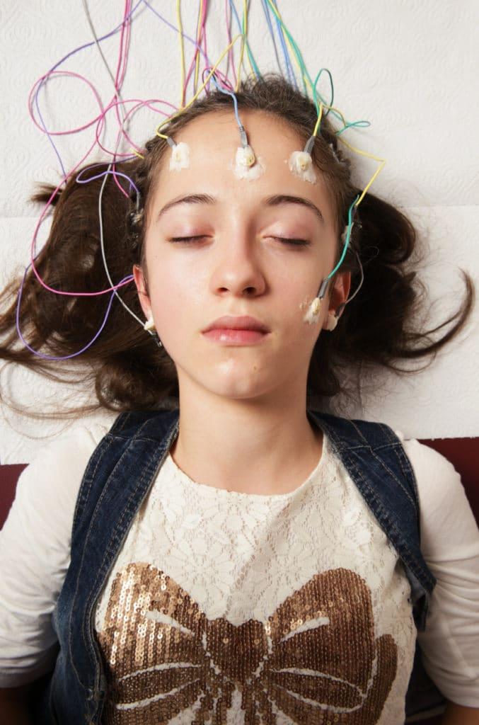 girl receiving neurofeedback